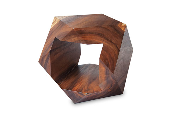 sidetable_primary_geodesic