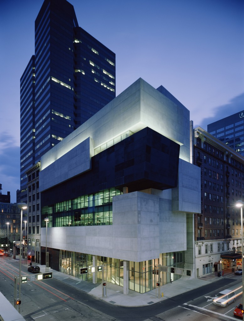 Contemporary Arts Center-Cincinnati - photo by Roland Halbe