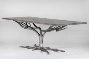 Apropos-life-dining-table